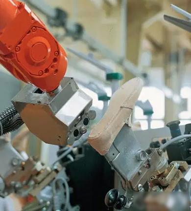 """各地产业政策红利力度不同 机器人产业恐出现""""市场失序"""""""
